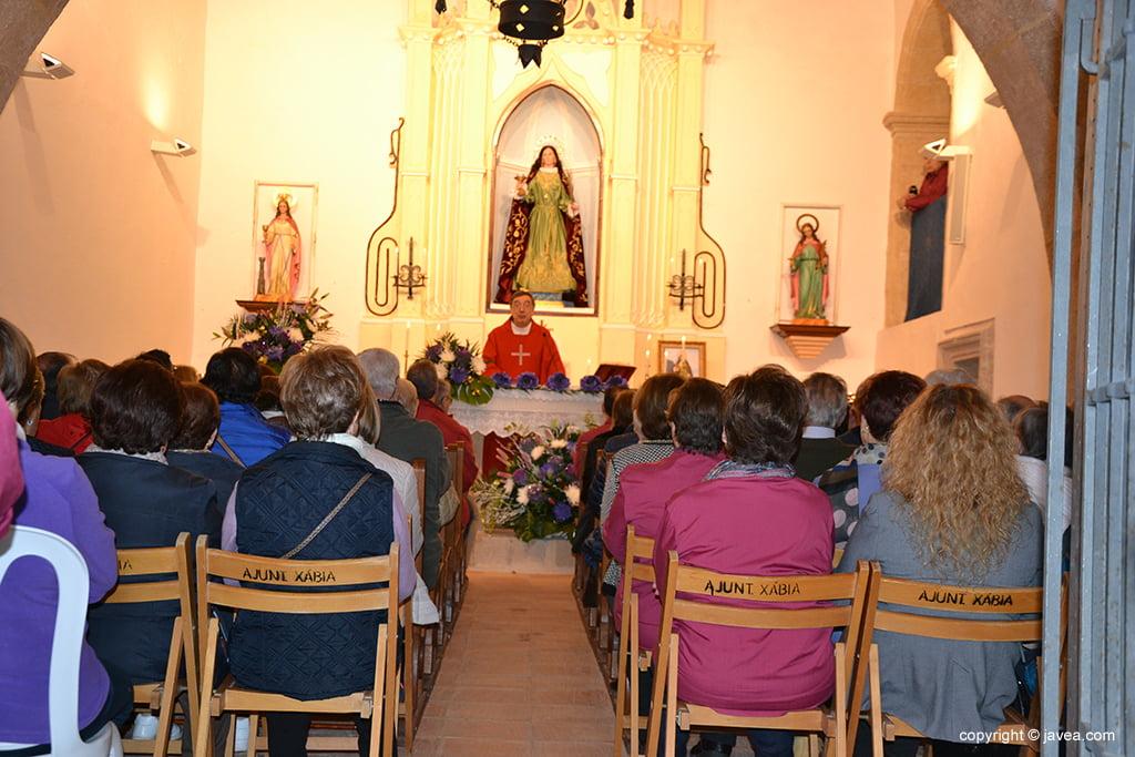 Eucaristia a l'interior de l'Ermita de Santa Llúcia