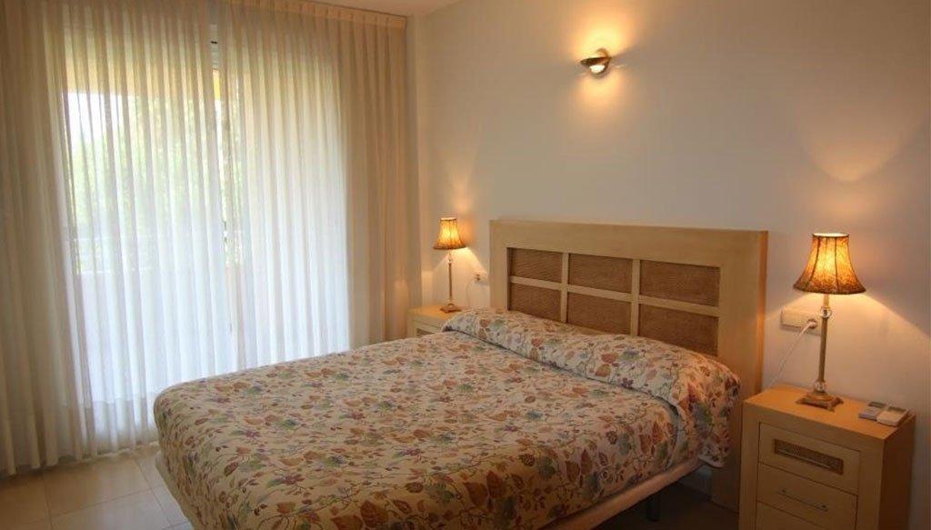 Una de les dues habitacions dobles d'un apartament en venda a Xàbia - AR Luxury Living