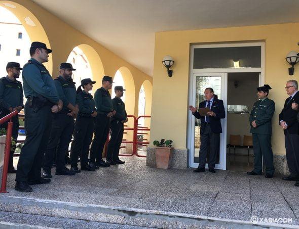 Imagen: José María Amor agradece a la Guardia Civil su labor diaria