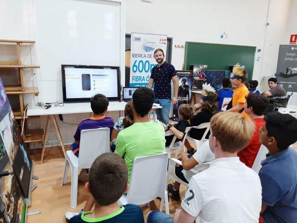 Imatge: Joves participants en el 'I Gamer Weekend de Benitatxell' (1)