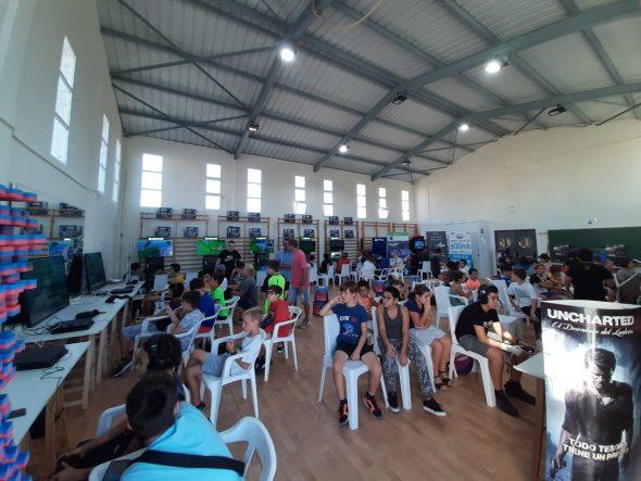 Imatge: Joves participants en el 'I Gamer Weekend de Benitatxell' (2)