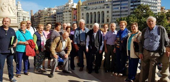 Image: retraités et retraités de Benitatxell lors du voyage à Valence