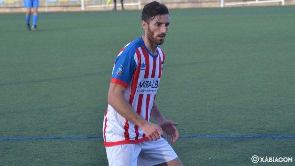 Image: Pau CD Jávea player during a match
