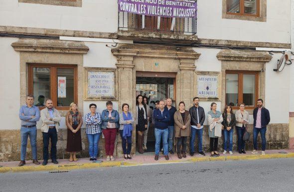 Imagen: Repulsa a la violencia de género en Benitatxell