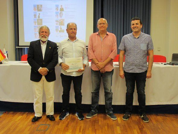 Bild: Tomás Sivera gewinnt den ersten Preis
