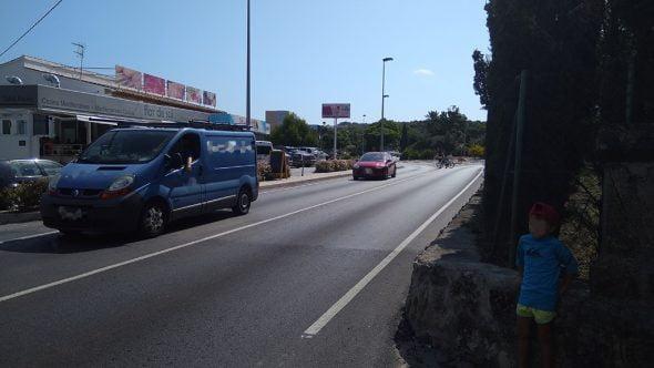 Imatge: Veïns de la carretera del Portitxol sol·liciten passos de zebra en aquest vial