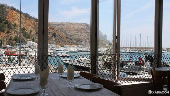 Imagen: Restaurante con vistas al mar - La Cantina de Jávea