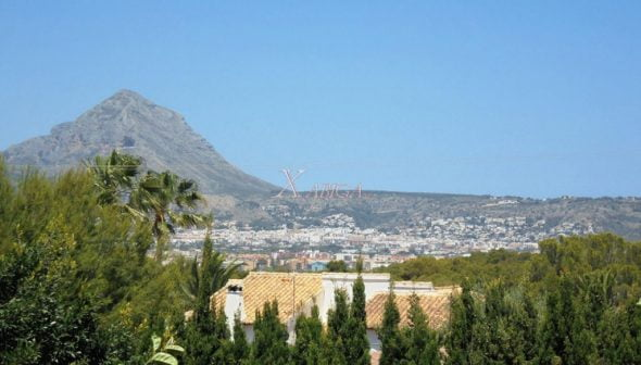 Image: Open views of Montgó in a villa for sale in Jávea - Xabiga Inmobiliaria