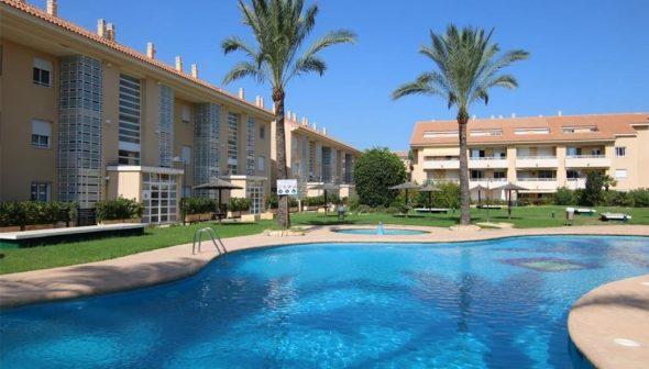 Imagem: Área comum de um apartamento à venda na praia de Arenal - AR Luxury Living