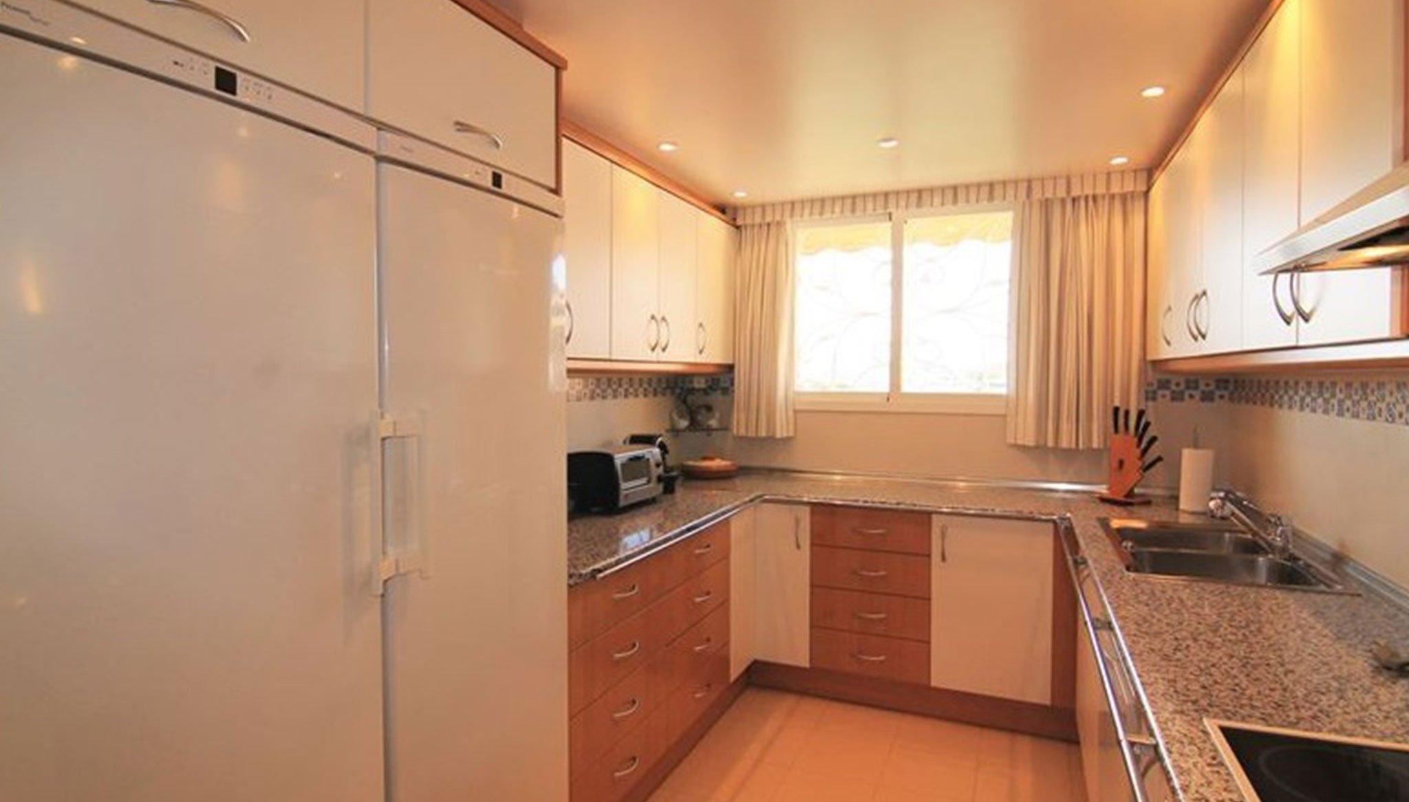 Cocina independiente en un ático en venta en Jávea – MORAGUESPONS Mediterranean Houses