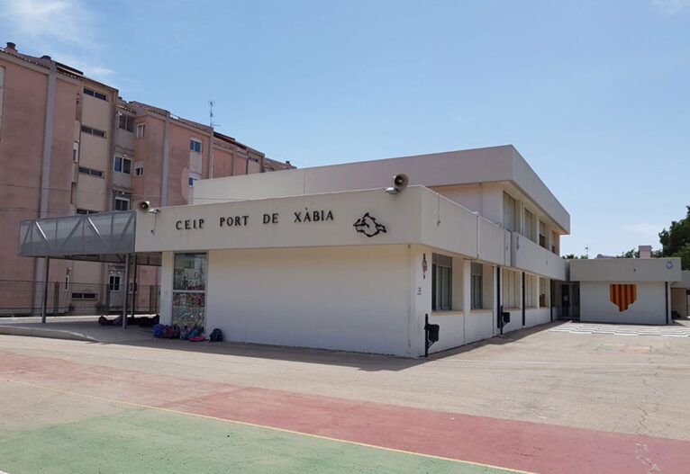 Imagen: Fachada colegio Port de Xàbia