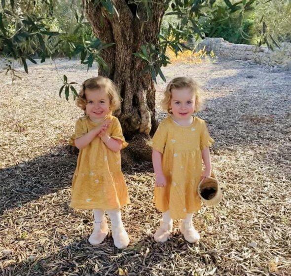 Image: Isabella and Valentina