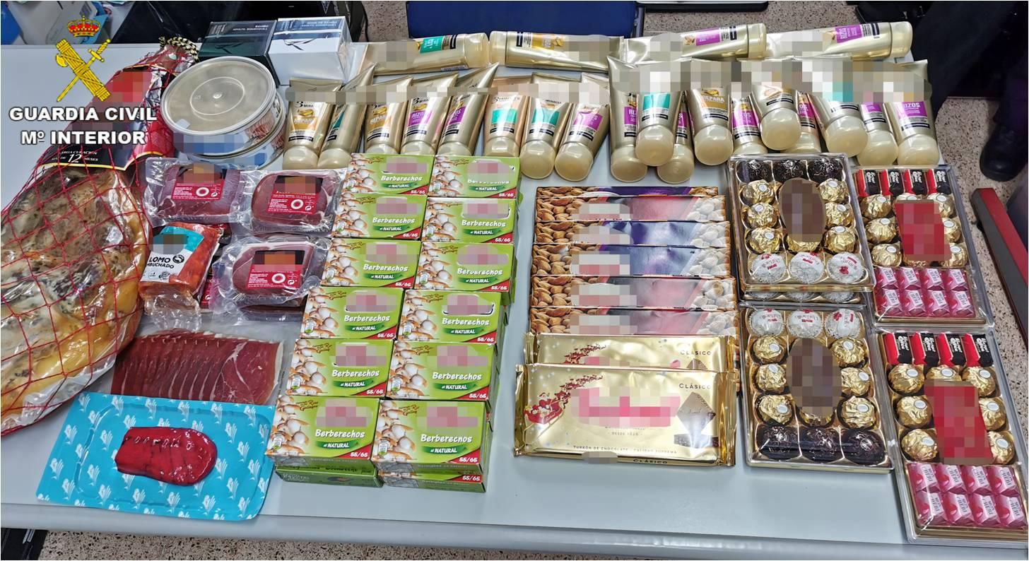 Productos sustraídos por ladrones y recuperados por la Guardia Civil