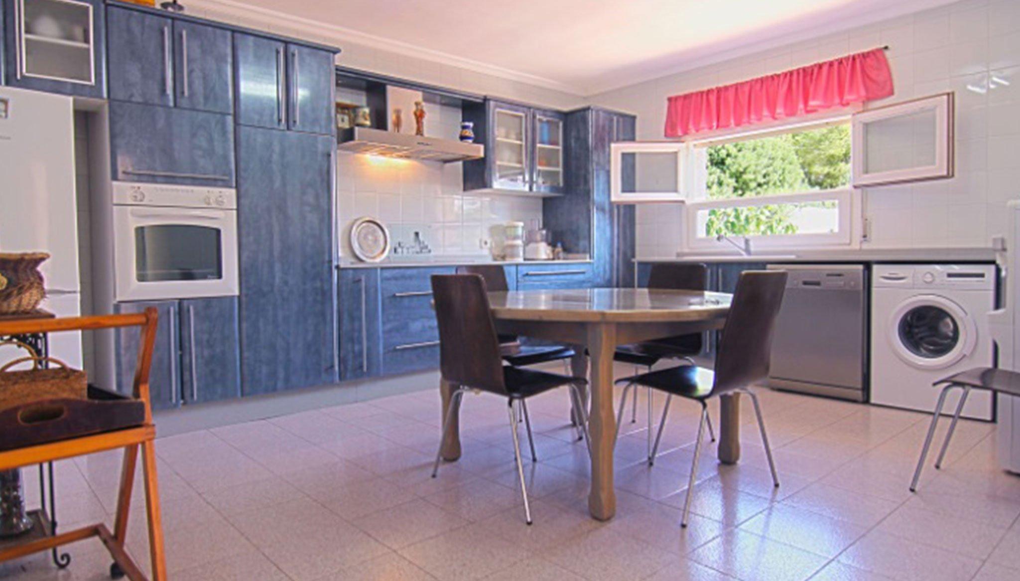 Große separate Küche in einer Villa zum Verkauf in Jávea - MORAGUESPONS Mediterranean Houses