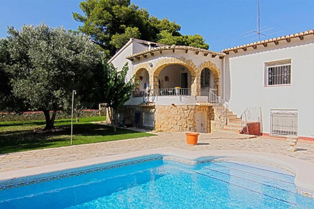 Aussenansicht einer Villa zum Verkauf in Balcón al Mar - MORAGUESPONS Mediterrane Häuser