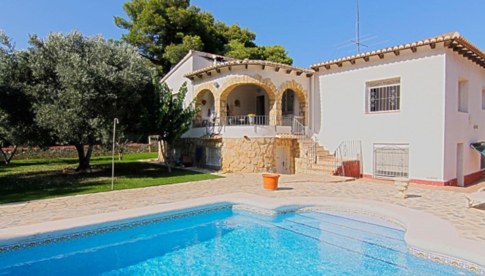 Aussenansicht einer Villa zum Verkauf in Jávea - MORAGUESPONS Mittelmeerhäuser
