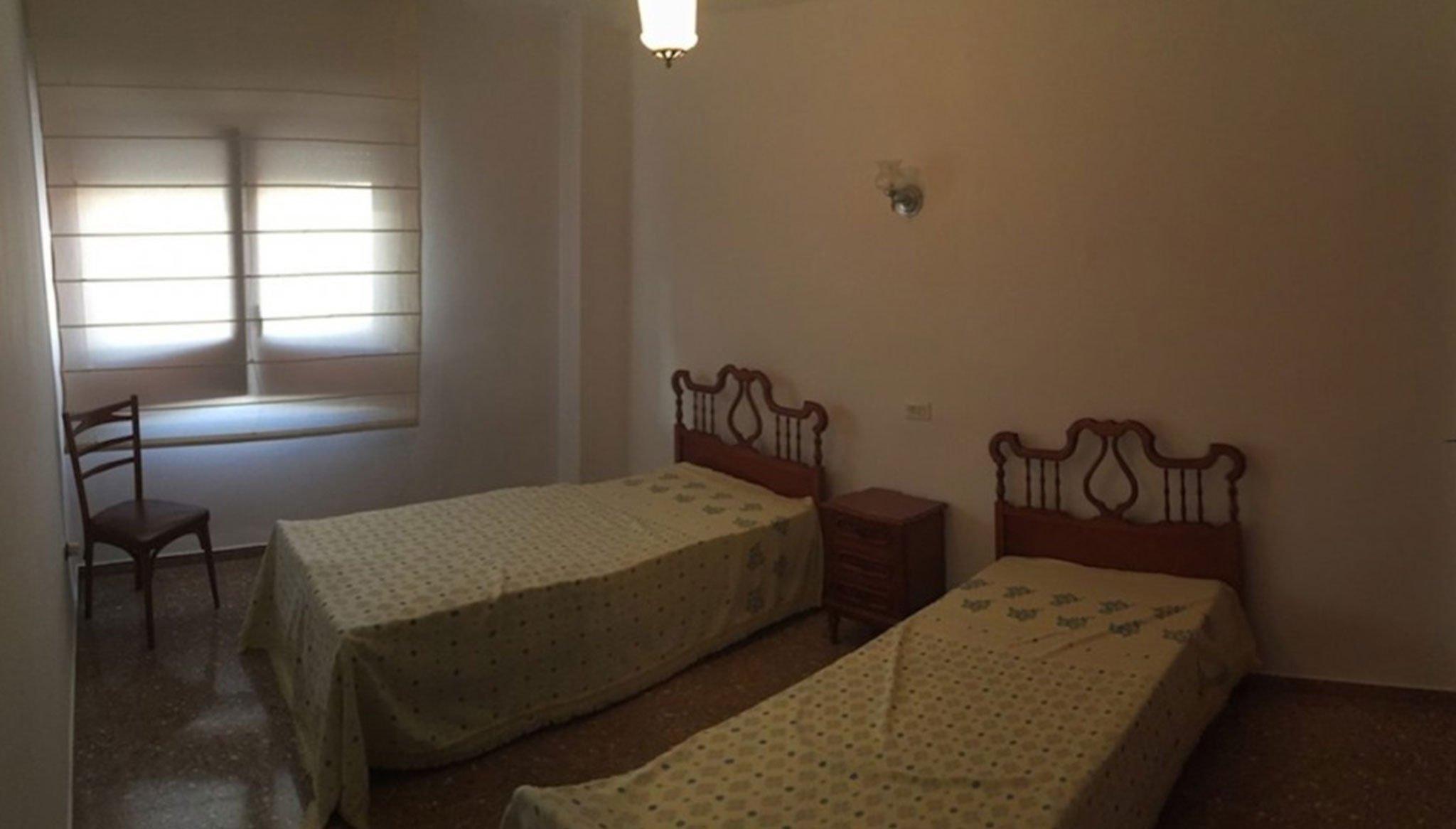 Una de las siete habitaciones de una casa en venta – Terramar Costa Blanca