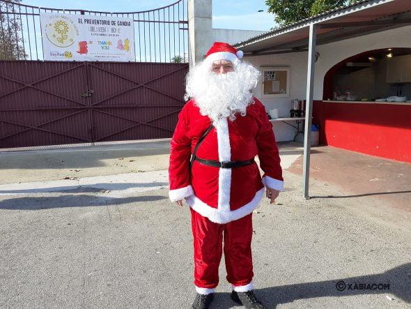 Imatge: Santa Claus visita als nens de l'Preventori de Gandia a Xàbia
