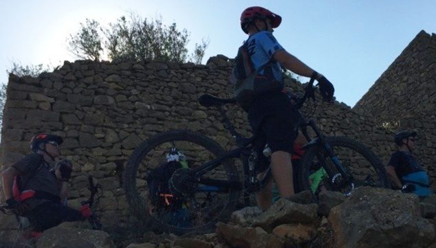 Imagen: Training Camps en Dénia - Aventura Pata Negra