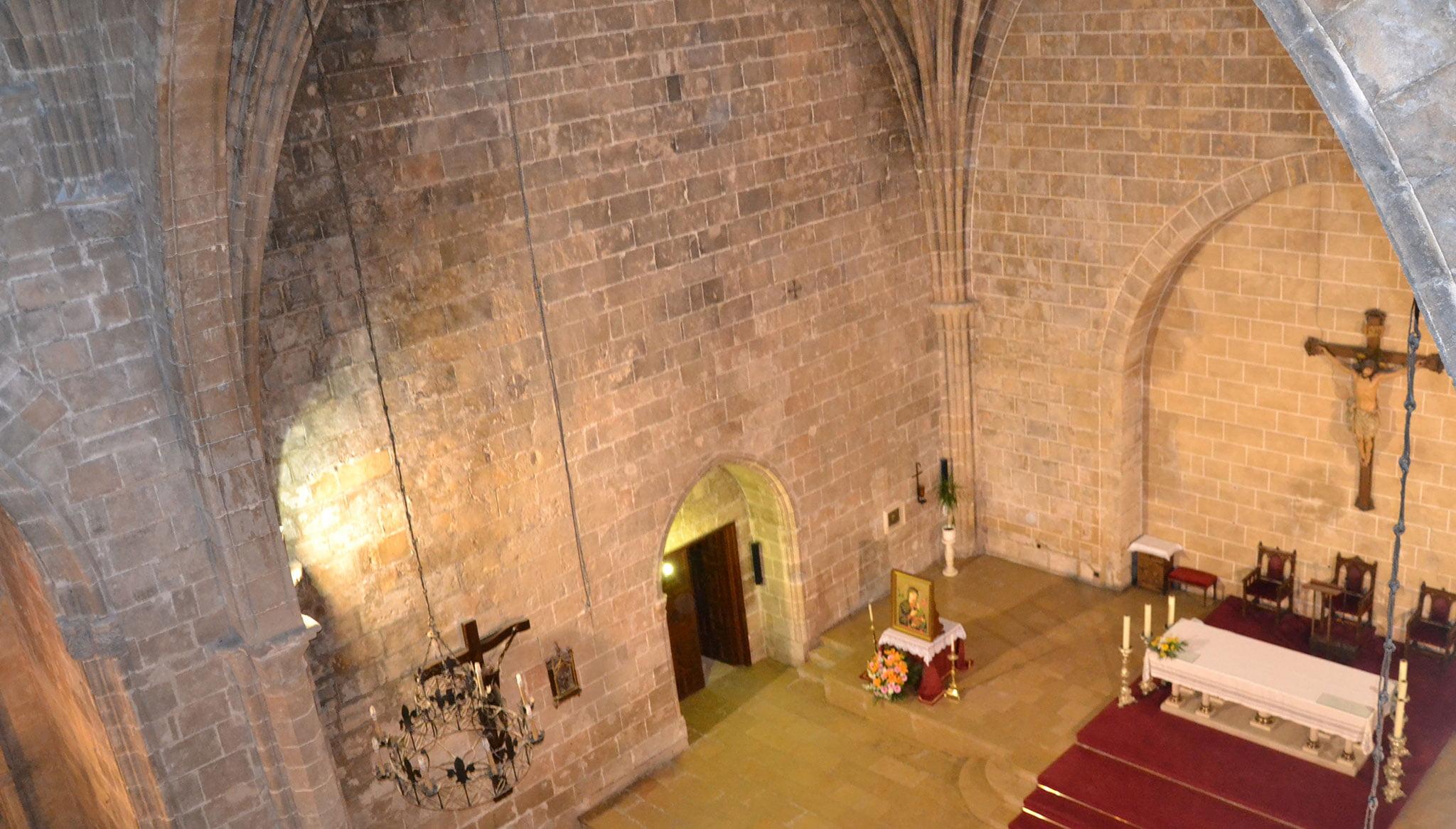 Altar mayor de la Iglesia de San Bartolomé