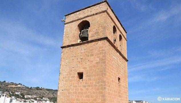 Image: Clocher de l'église forteresse de San Bartolomé de Jávea