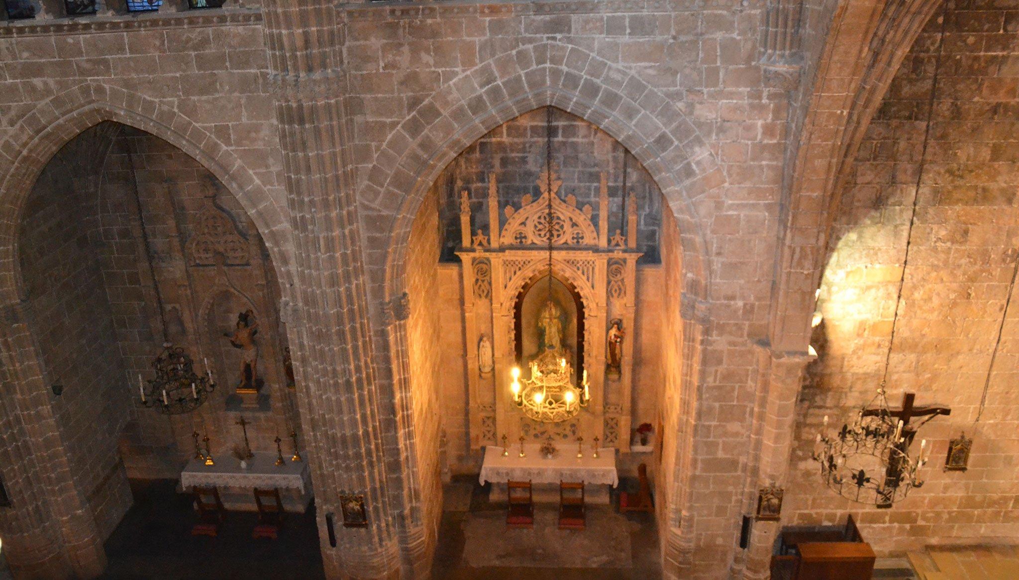 Capillas laterales en la iglesia de San Bartolomé de Jávea