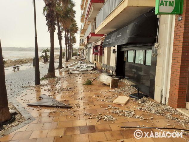 Imagen: Consecuencias del temporal Gloria en el Paseo Marina Española
