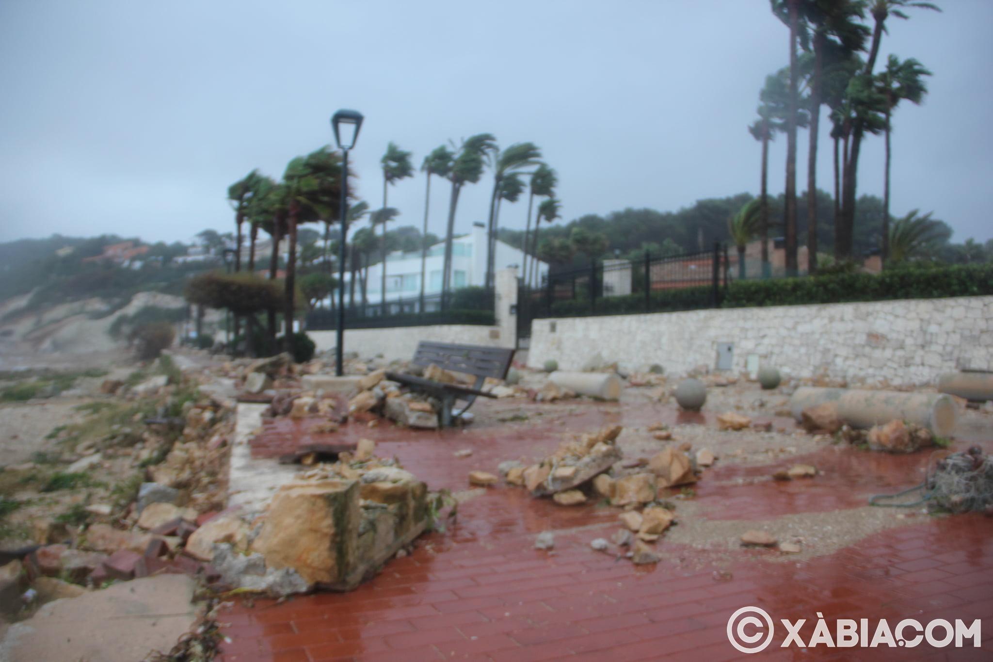 Pluie, vent et tempête de mer déchiquetés à Xàbia (11)