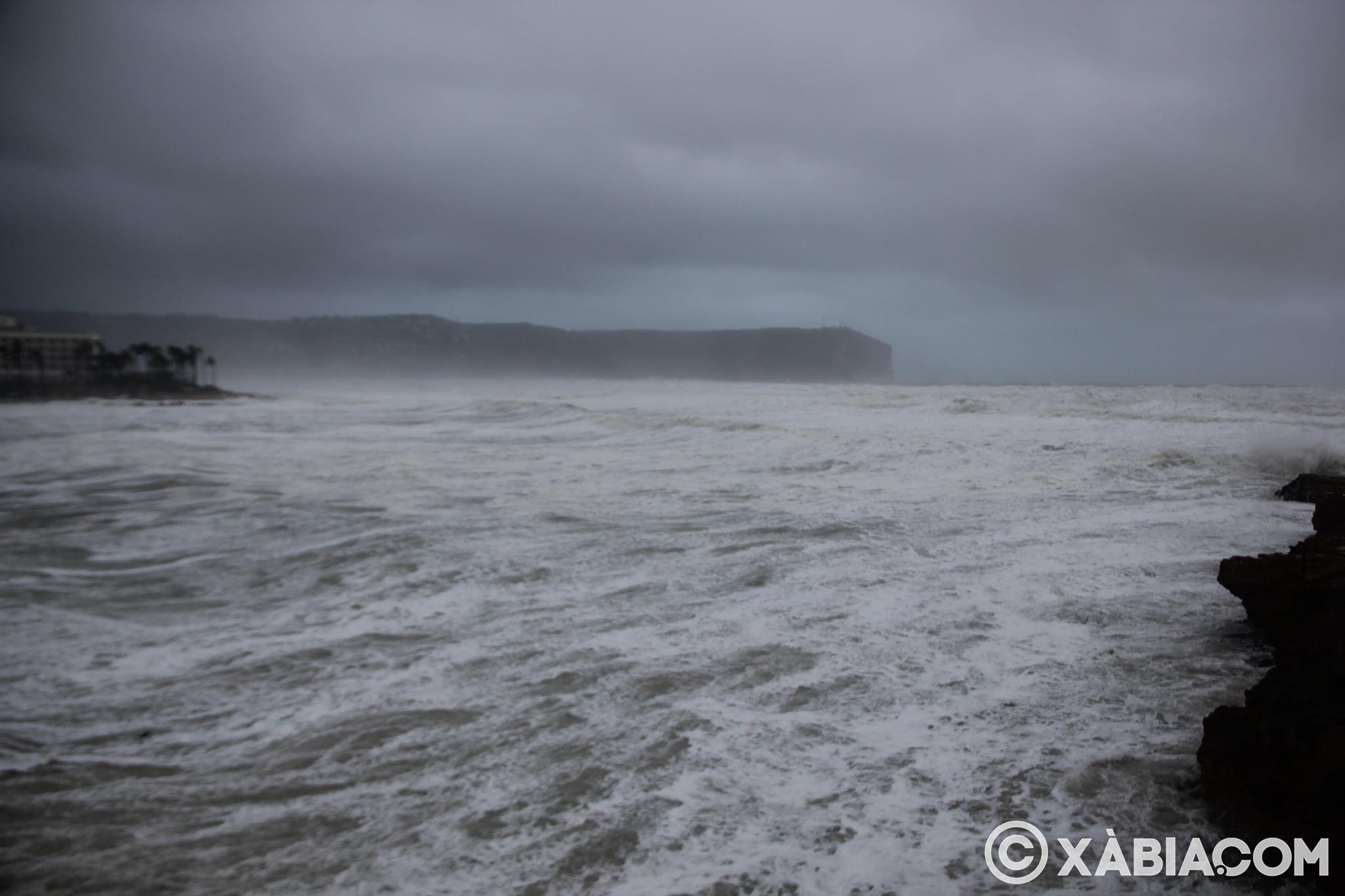 Pluie, vent et tempête de mer déchiquetés à Xàbia (17)