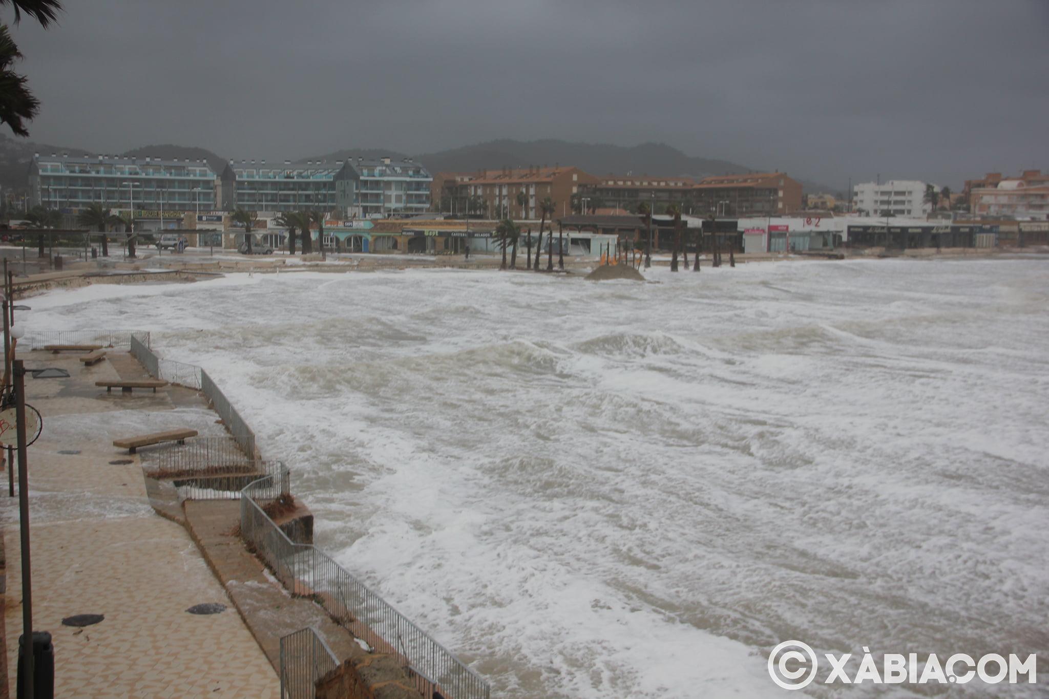Pluie, vent et tempête de mer déchiquetés à Xàbia (19)