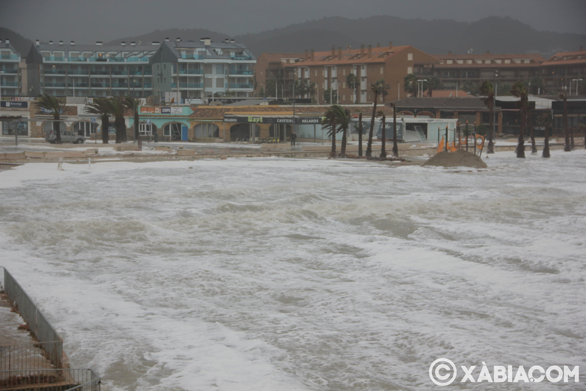 Pluie, vent et tempête de mer déchiquetés à Xàbia (20)