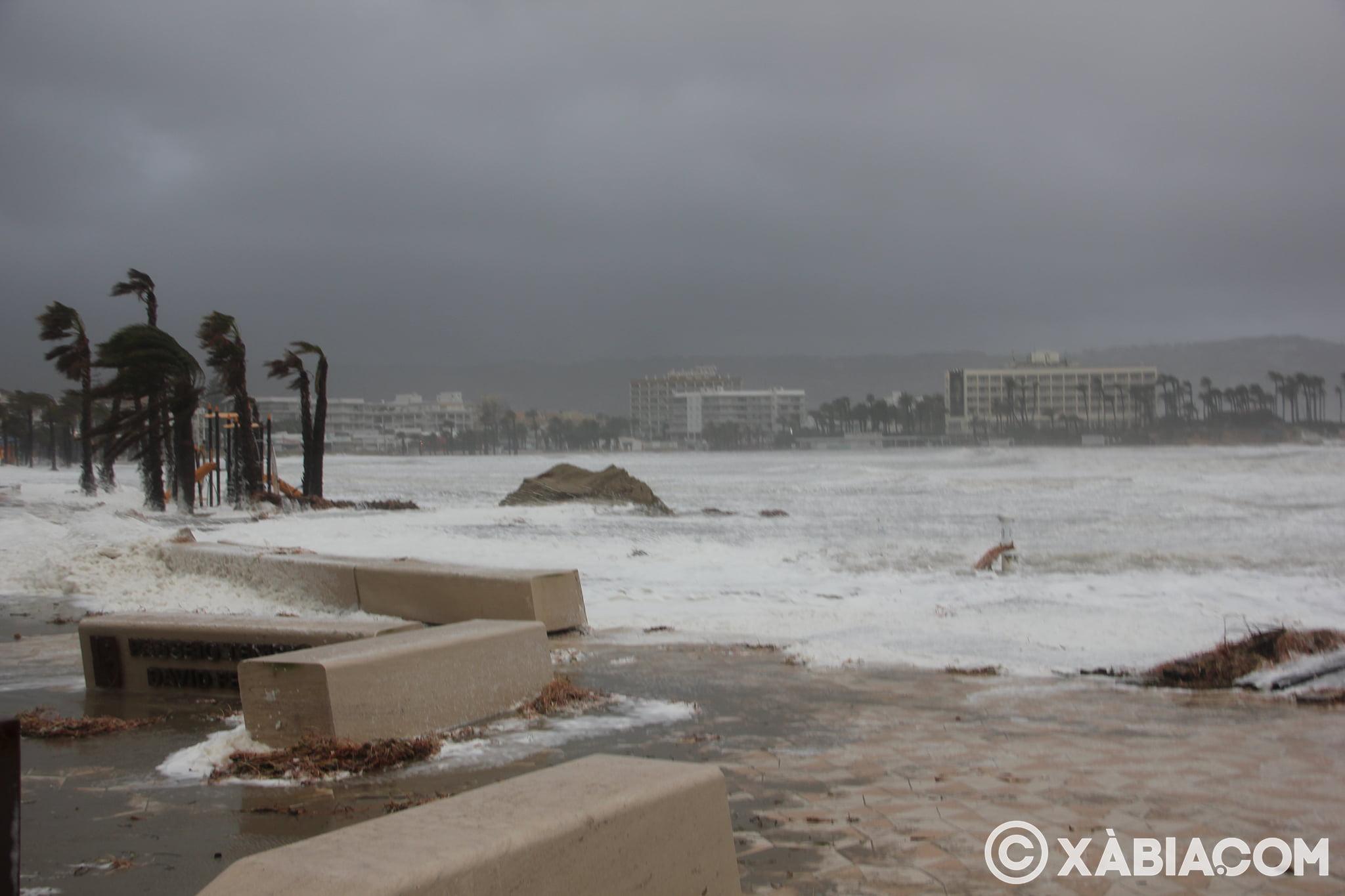 Pluie, vent et tempête de mer déchiquetés à Xàbia (22)