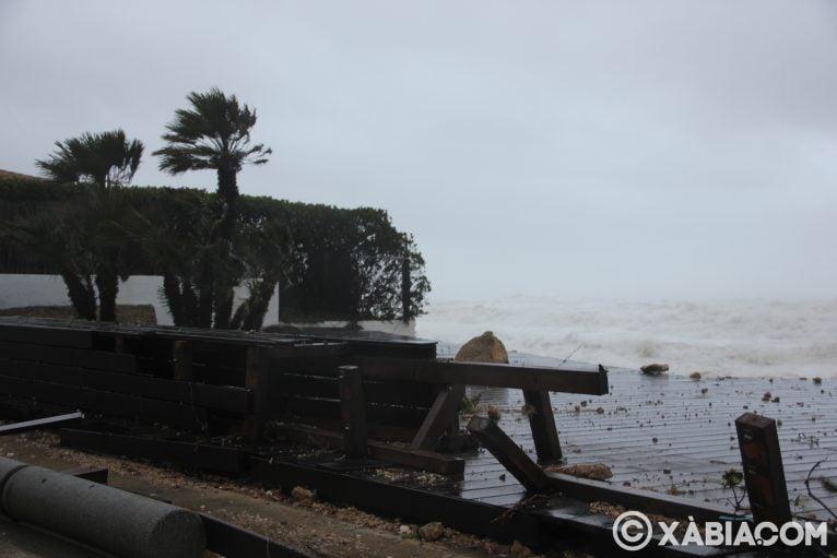 Brandelli di pioggia, vento e mare in Xàbia (3)