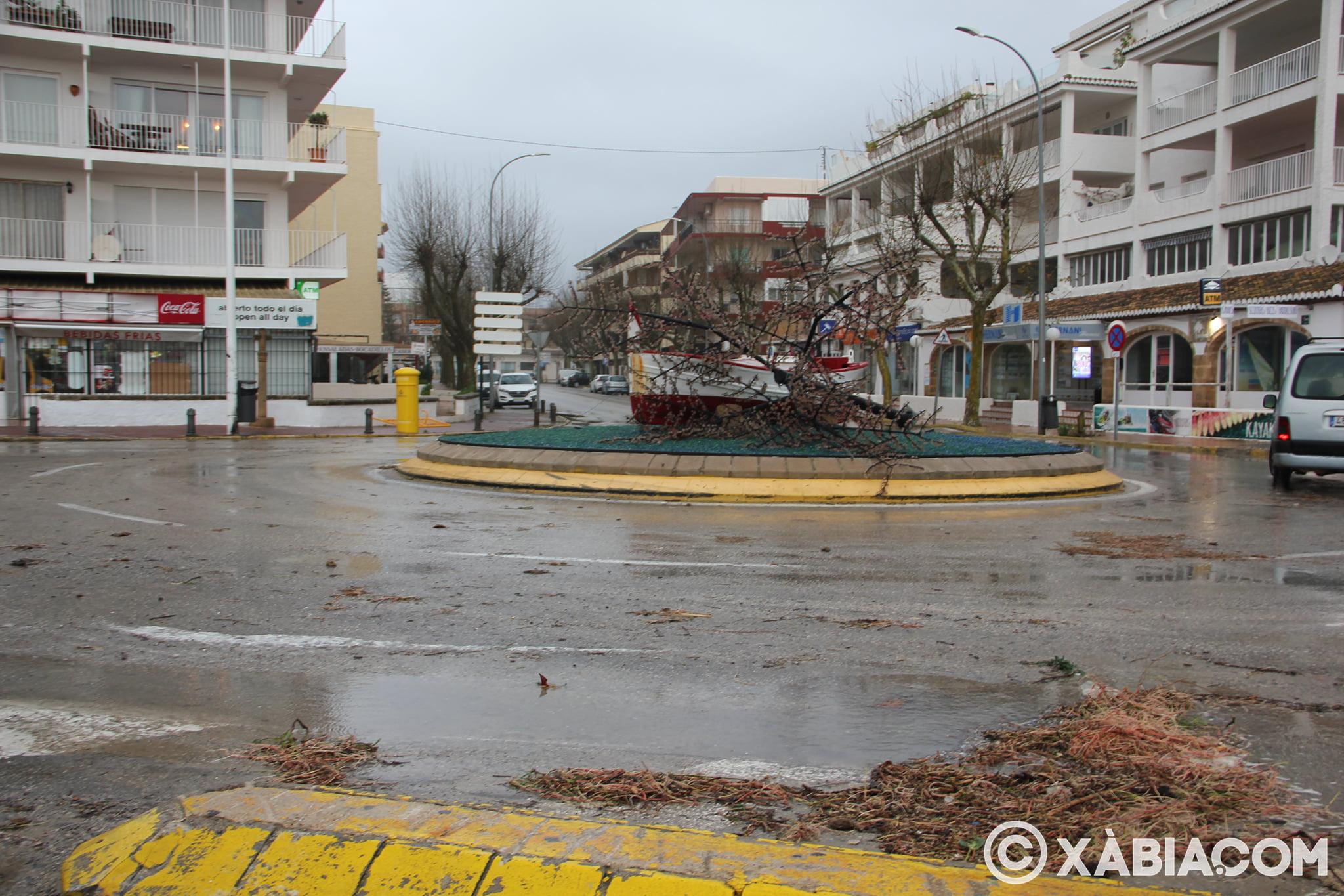 Pluie, vent et tempête de mer déchiquetés à Xàbia (33)