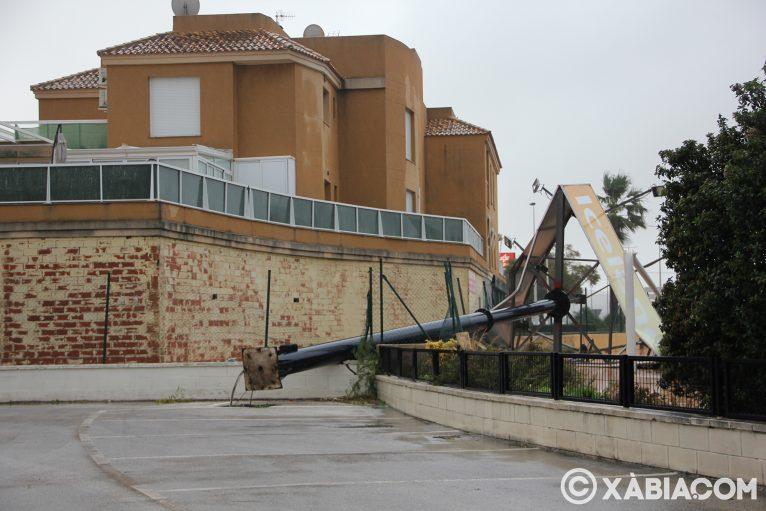 Pluie, vent et tempête de mer déchiquetés à Xàbia (42)