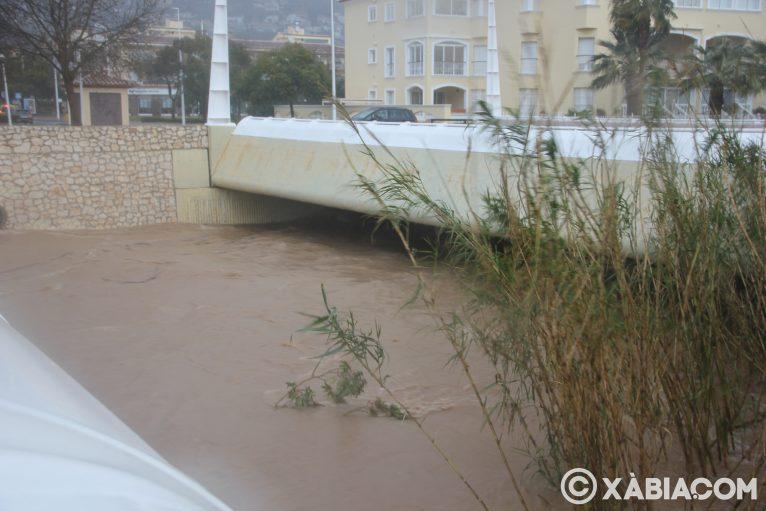 Brandelli di pioggia, vento e mare in Xàbia (45)