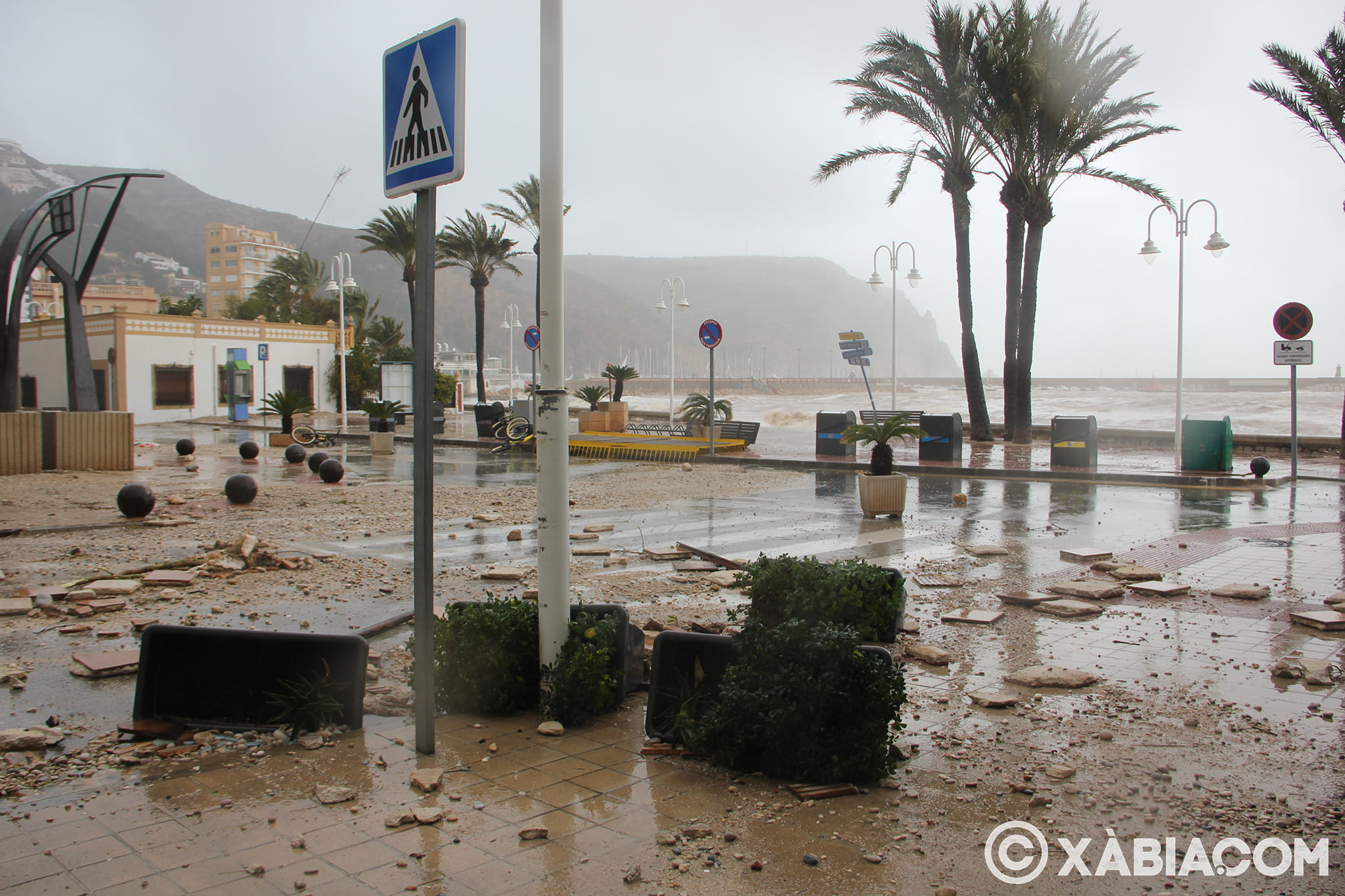 Pluie, vent et tempête de mer déchiquetés à Xàbia (50)