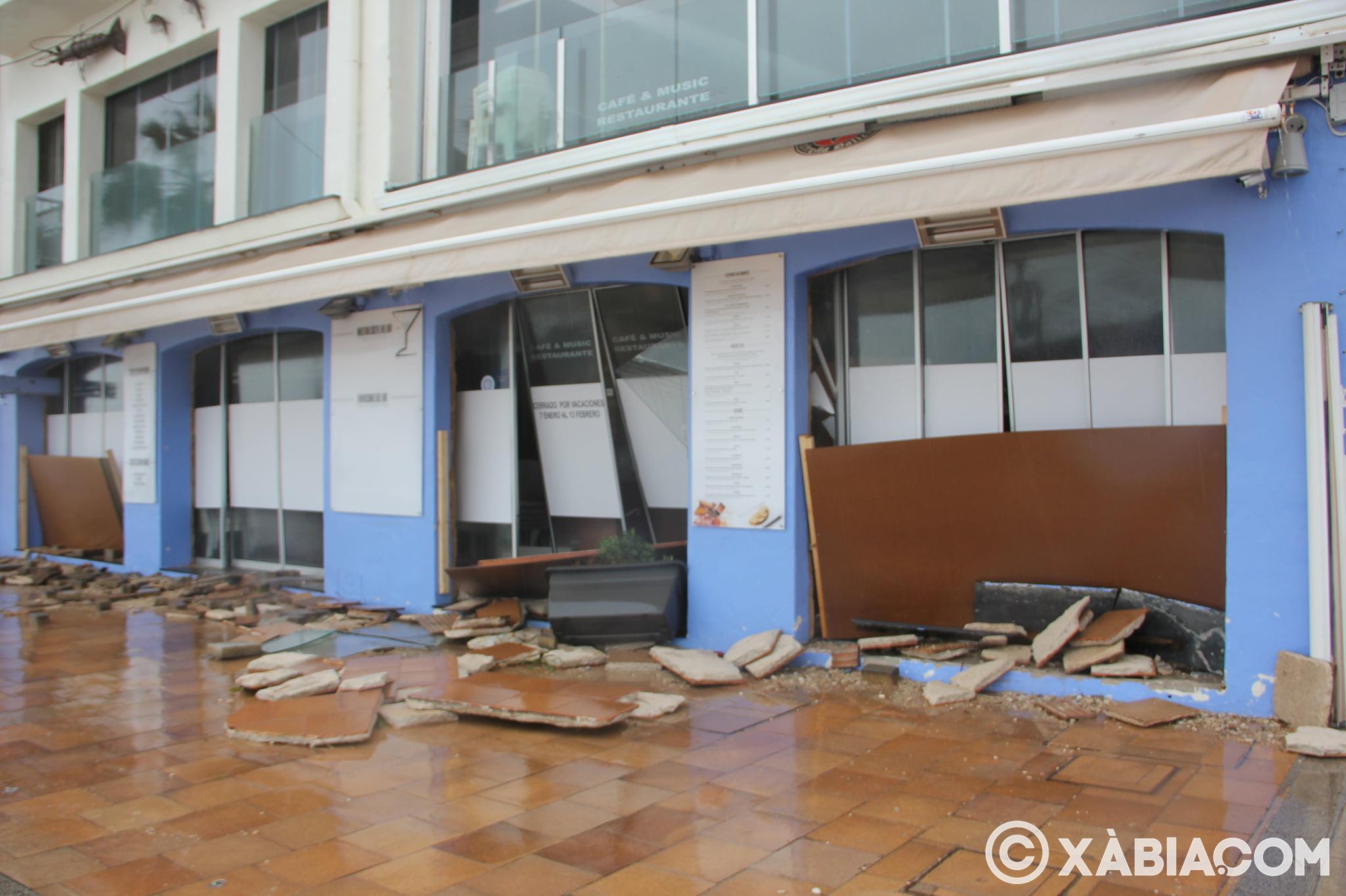 Pluie, vent et tempête de mer déchiquetés à Xàbia (51)