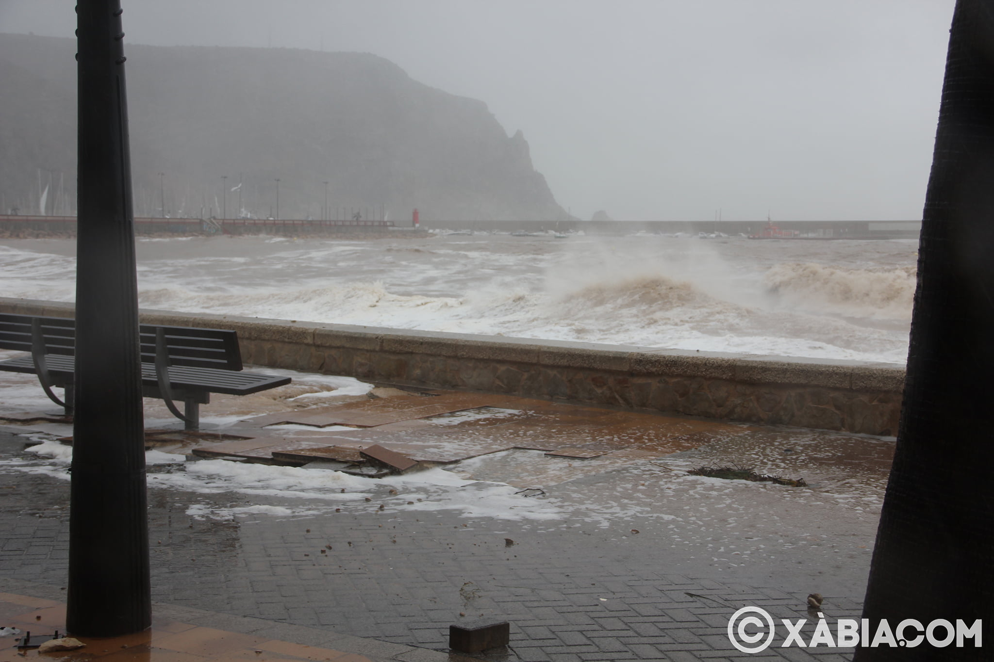 Pluie, vent et tempête de mer déchiquetés à Xàbia (55)