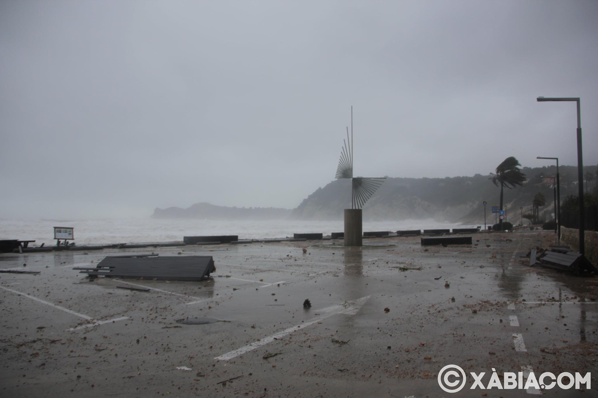 Pluie, vent et tempête de mer déchiquetés à Xàbia (6)