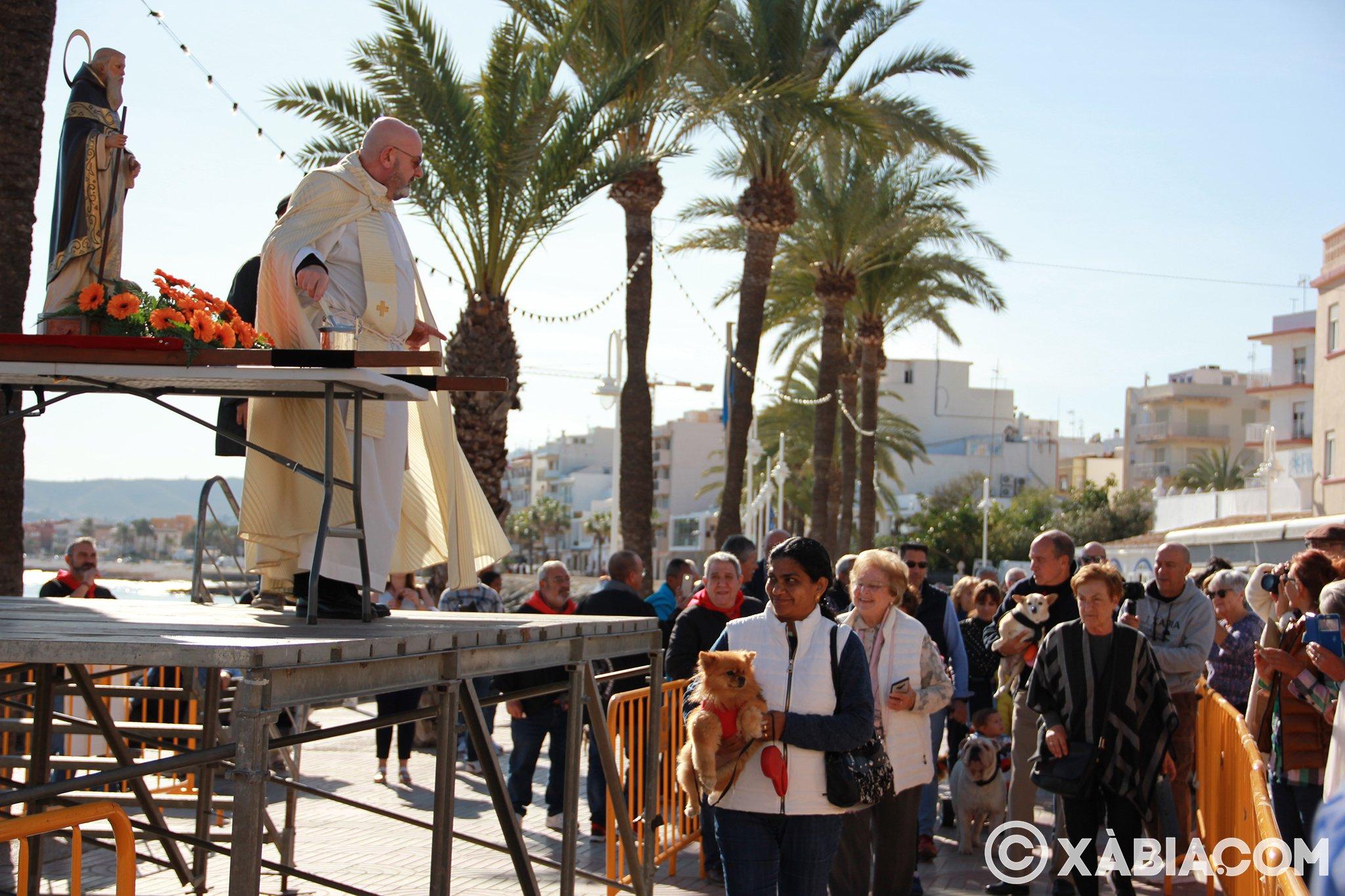 Dia de Sant Antoni. Benedicció d'animals en Duanes de la Mar (13)