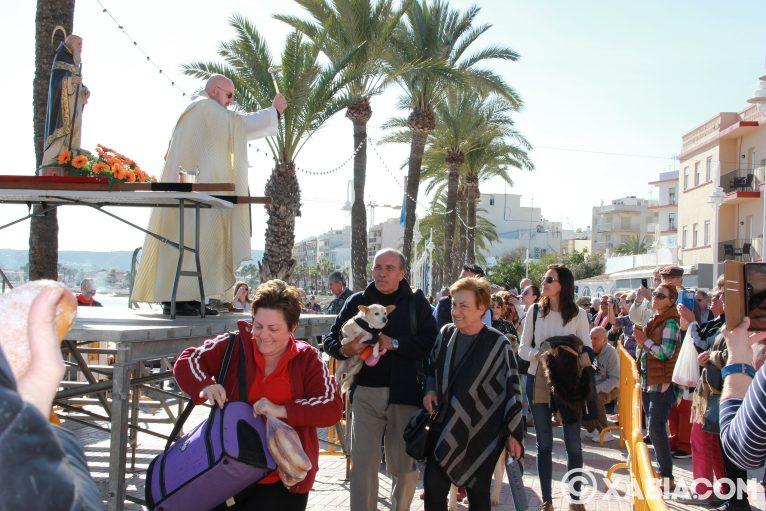 Dia de Sant Antoni. Benedicció d'animals en Duanes de la Mar (14)