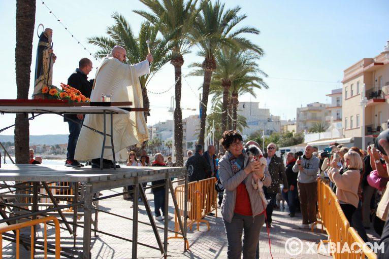 Dia de Sant Antoni. Benedicció d'animals en Duanes de la Mar (9)