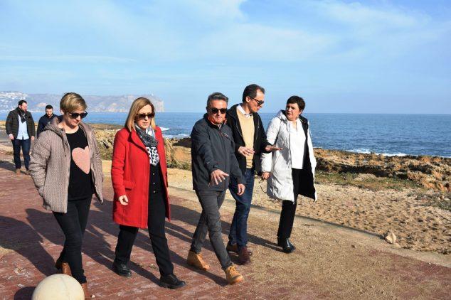 Imagen: El alcalde de Xàbia junto al ministro y la subdelegada del gobierno