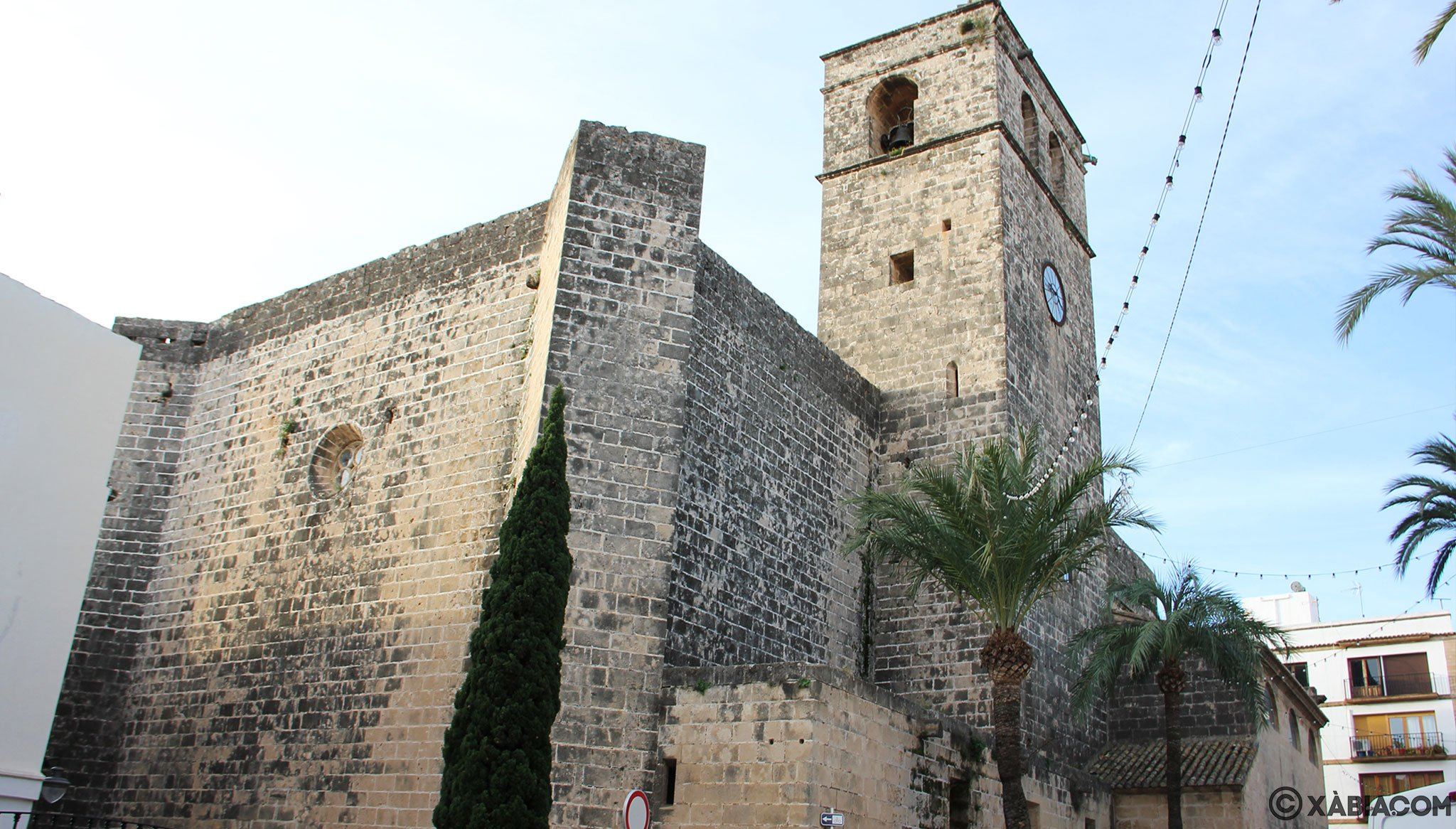 Façade de l'église de San Bartolomé de Jávea