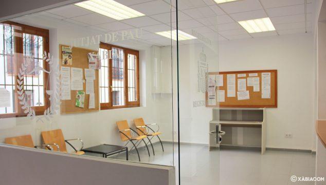 Imagen: Interior del Juzgado de Paz de Jávea