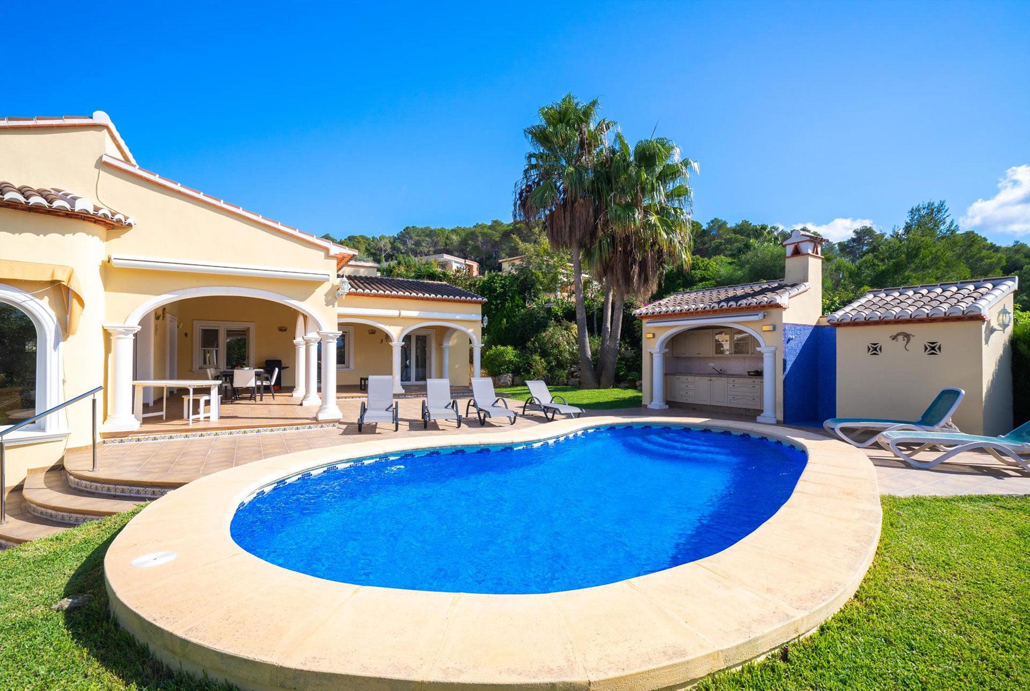 piscina-casa-vacaciones-javea-seis-personas-aguila-rent-a-villa