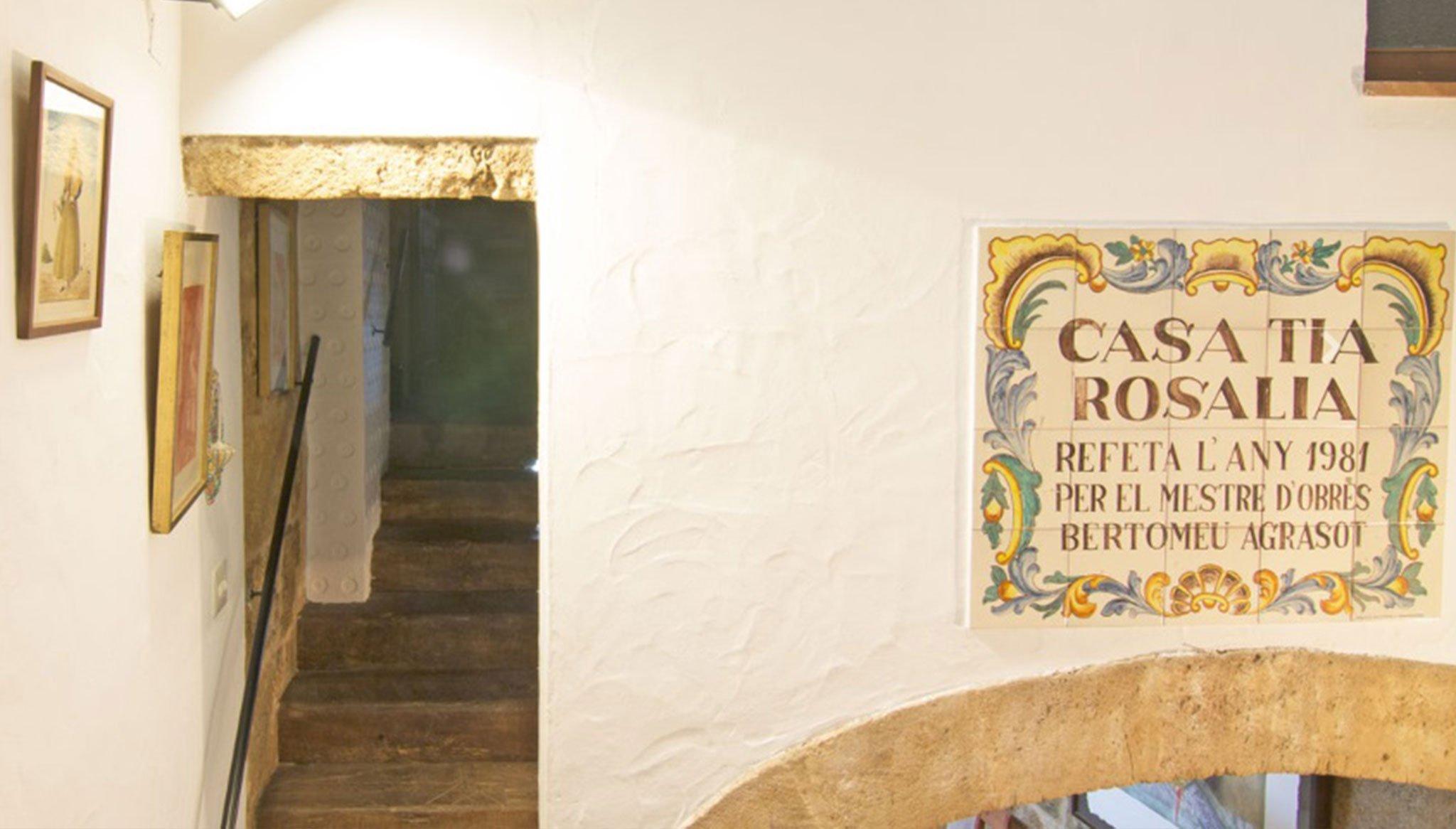 Placa en una casa de poble al centre de Xàbia - MORAGUESPONS Mediterranean Houses