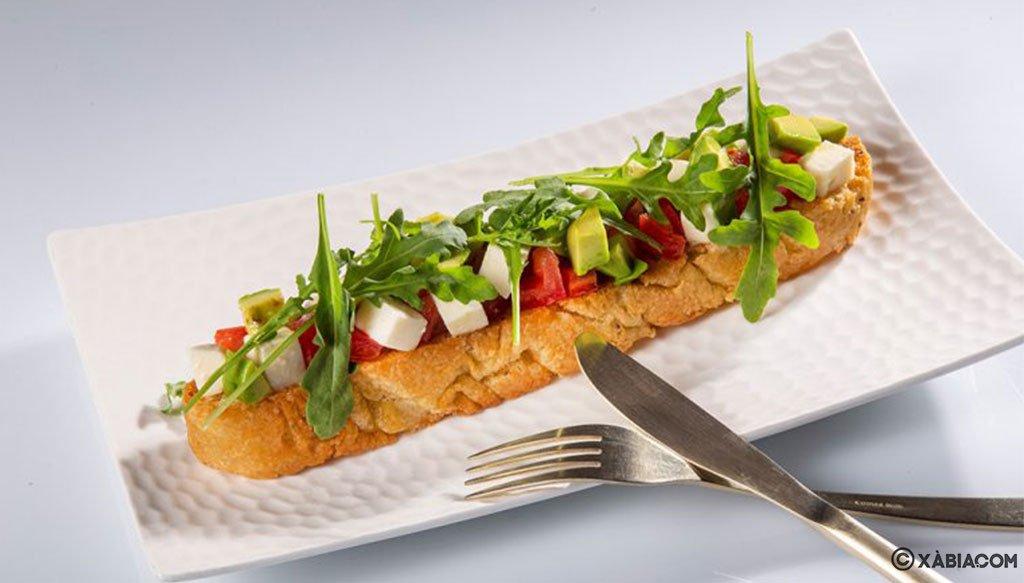 tosta-con-aguacate-restaurante-da-giulia-FB