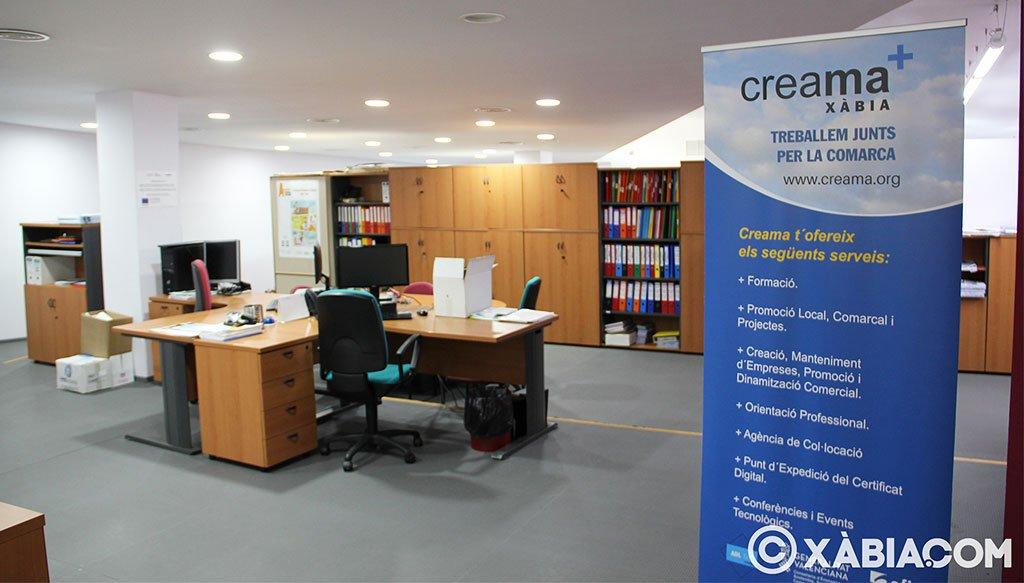 Vista del interior de la oficina de Creama Xàbia